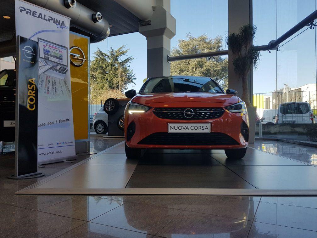 Road-Experience-Opel-Corsa-Rezzonico-Auto-Prealpina-Frontale