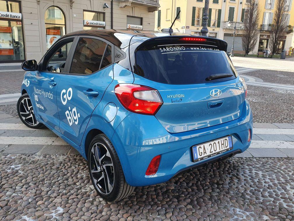 Road-Experience-Hyundai-i10-Lea-Car