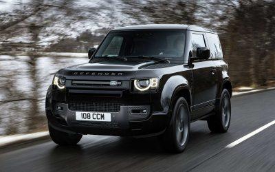 Inarrestabile Land Rover Defender V8